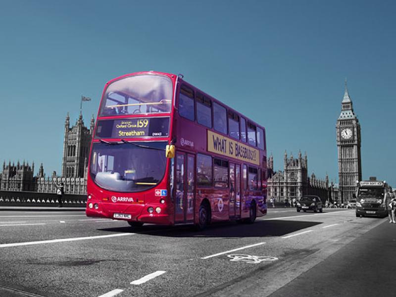 ロンドンの2階建てバス1台分!?